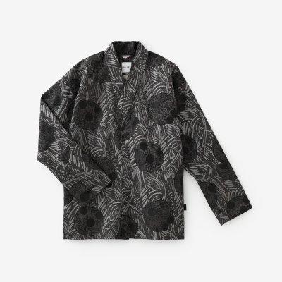 【net限定】豹斑(ひょうまだら) 筒袖襯衣(つつそでしんい)/草紋(そうもん) 黒銀(くろぎん)