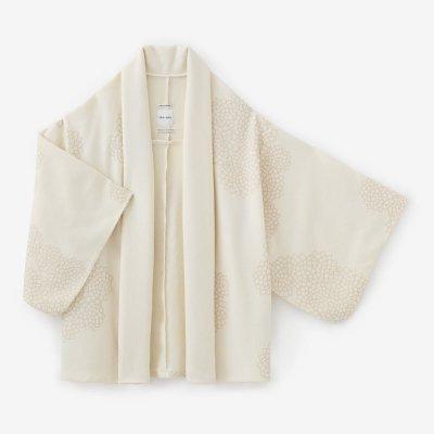 梳毛カージー織 小袖莢(こそでさや)/雲間(くもま)に菊 象牙色(ぞうげいろ)
