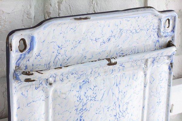 アンティークホーローレードルラックホワイト×ブルースワール