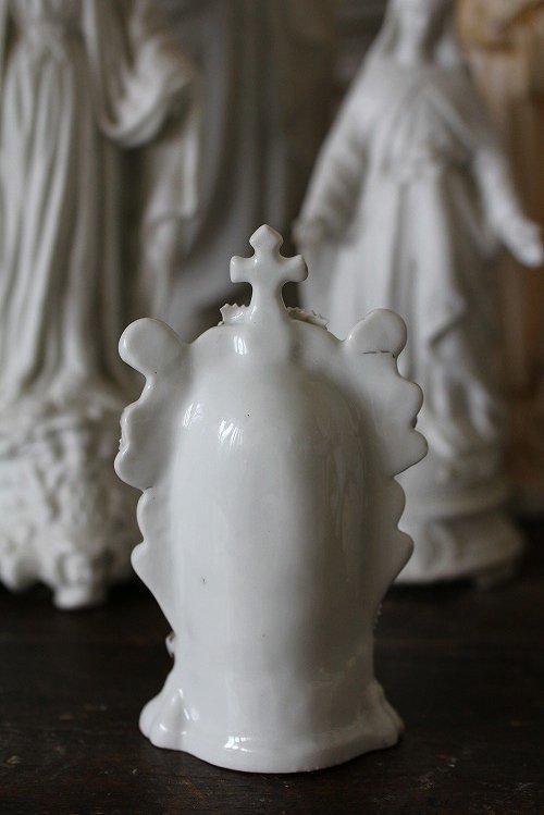 アンティークルルドの泉のマリア様