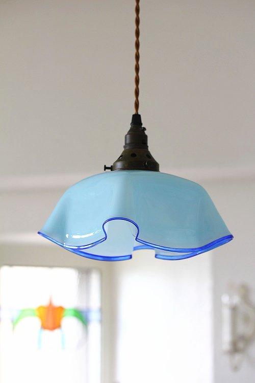 アンティークミルクガラスランプシェードブルー