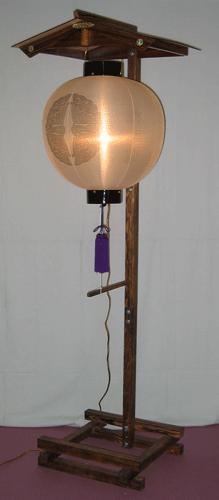 屋根付き提灯台 中 山型 提灯固定棒付きの画像3