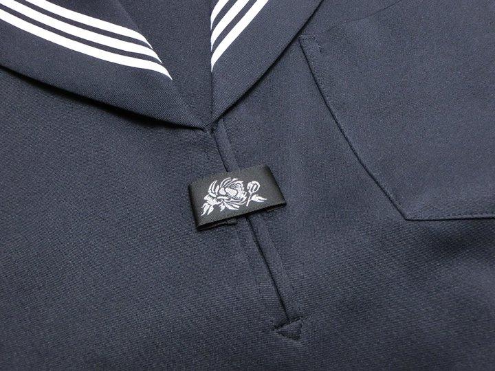 紺長袖セーラー服(白三本線)B体