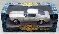 アーテル 1967 フォード マスタング GT ホワイト 1:18