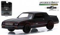 グリーンライト ブラックバンディット#13 1984 シボレー モンテカルロ SS 1:64