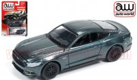 Autoworld 2015 フォード マスタング GT グリーン 1:64