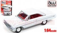 Autoworld フォード ギャラクシー 500 XL HT ホワイト 1:64