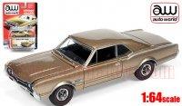 Autoworld 1966 オールズモビル 442 HT ゴールド 1:64