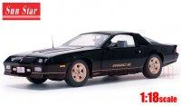 サンスター 1985 シボレー カマロ IROC-Z ブラック 1:18