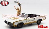 ACME 1972 ハースト オールズ 442 ペースカー 1:18 w/ Linda Vaughn フィギュア