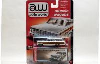 AutoWorld 1964 フォード カントリー スクワイヤ ホワイト 1:64