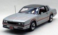 アーテル オーセンティック 1985 シボレー モンテカルロ SS 1:18 シルバー
