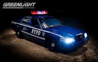 GL 2001 フォード クラウンビクトリア ポリス インターセプター NYPD 1:18 ブルー LIGHT&SOUND<img class='new_mark_img2' src='//img.shop-pro.jp/img/new/icons24.gif' style='border:none;display:inline;margin:0px;padding:0px;width:auto;' />
