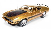 AutoWolrd 1973 フォード マスタング MACH1 ゴールド 50th Anniversary 1:18<img class='new_mark_img2' src='//img.shop-pro.jp/img/new/icons24.gif' style='border:none;display:inline;margin:0px;padding:0px;width:auto;' />