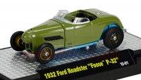 M2 CHIP FOOSE#2w/CASE 1932 フォード ロードスター P-32 グリーン 1:64
