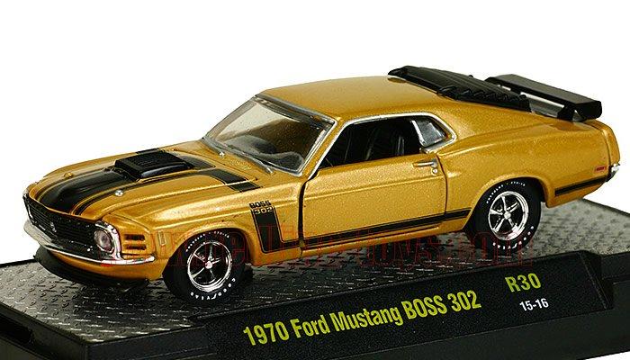M2 DetroitMuscle #30 1970 フォード マスタング BOSS 302 ゴールド1:64