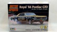 """レベル 1966 ポンティアック """"Royal"""" GTO 1:25 プラモデル"""
