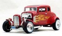 モーターマックス  1932 フォード ホットロッド レッド/フレア 1:18