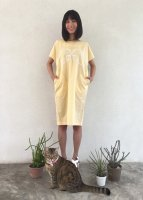 <img class='new_mark_img1' src='//img.shop-pro.jp/img/new/icons49.gif' style='border:none;display:inline;margin:0px;padding:0px;width:auto;' />Reflection mamuang dress [ Yellow ]