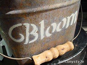 Bloomバケットロゴ