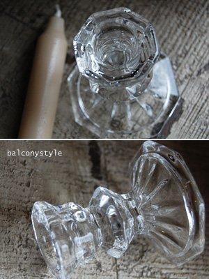 クリアガラスキャンドルホルダーは合わせやすいキャンドルスタンド