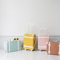 <img class='new_mark_img1' src='https://img.shop-pro.jp/img/new/icons57.gif' style='border:none;display:inline;margin:0px;padding:0px;width:auto;' />See-Ya Suitcase (rose/rust/mint/mustard) by Olli Ella(オリエラ)