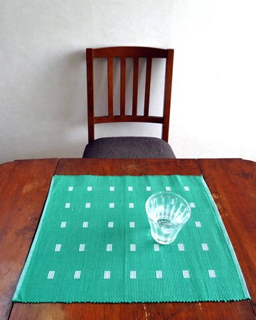 手織りコットンランチョンマット【Sat.Ranjee】北欧デザイン  【チャルコナ】 グリーン