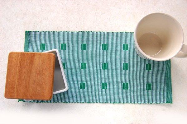 手織りコットンランチョンマット【Sat.Ranjee】北欧デザイン  【チャルコナ】 グリーン 36×16cm