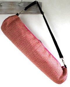 ヨガバッグ(ヨガマットケース)  手織ジュート麻生地  ダイヤ柄 ピンク