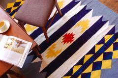 手織りエスニックラグ太陽と波200×140 グレー