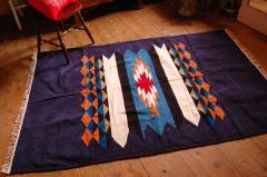 【ホットカーペット対応】手織りエスニックラグ太陽と波200×135ネイビー