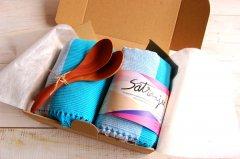 手織りランチョンマットと木のスプーンギフトセット ( アクアマリン)
