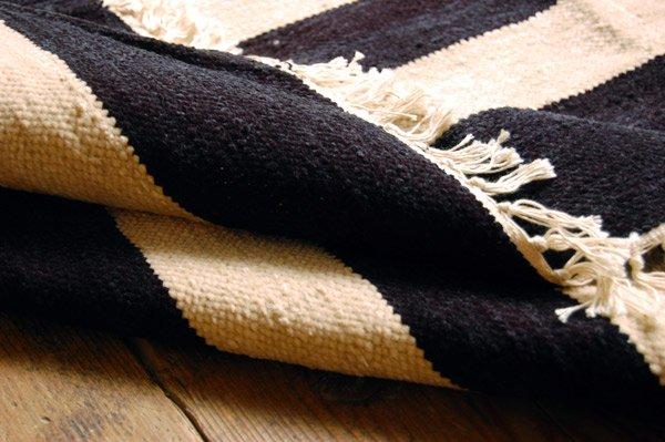 北欧デザイン ラグ『 ボーダー 』ブラック×ホワイト150×120 200×140 サイズあり