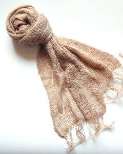 手編み天然素材アロースカーフ(透かし編み)