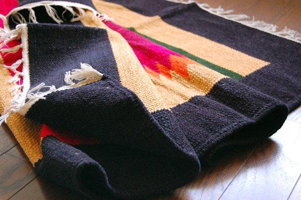 手織りエスニックラグ159×90【鳥デザイン】ベージュ系