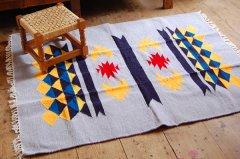 【セール】手織りエスニックラグ太陽と波150×120グレーA