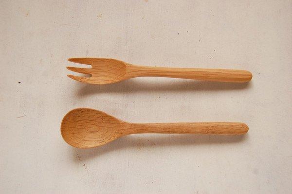 木のスプーンとフォークセット・木製カトラリー (オーク材)