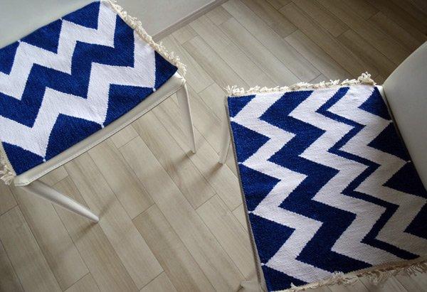北欧ティストラグ・マット  『 choto 』 シェブロン 40×42cm ブルー×ホワイト