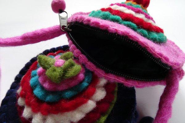 羊毛フェルトポーチ(ポシェット)
