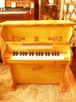 希少!ヴィンテージ トイピアノ ブラジル HERING社製 37keys TOY PIANO