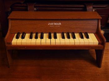 1953 JAYMAR 卓上トイピアノ 30key