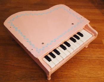 ELY チャイルド グランド アンティークトイピアノ ピンク+水色フラワー