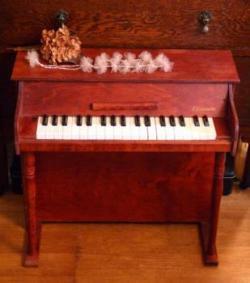 アンティーク Casspinette アップライト トイピアノ