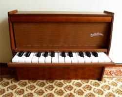 フランスアンティーク Michelsonne トイピアノ
