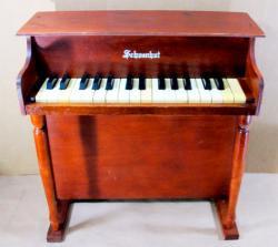 アンティーク シェーンハット  トイピアノ 30key