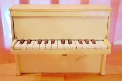 フランスアンティーク Michelsonne トイピアノ クリーム 25key