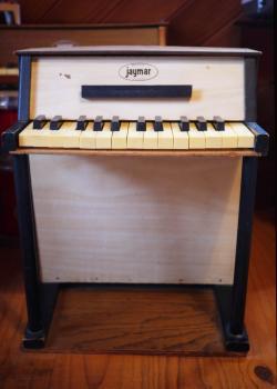 JAYMAR アップライト アンティークトイピアノ 白×ダークブラウン  25key   toy piano