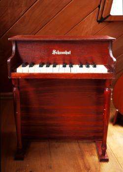 アンティーク シェーンハット トイピアノ 25key チェリーウッド
