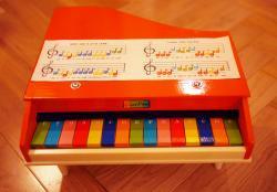 ヴィンテージ デッドストック トイピアノ オレンジ&マルチカラー鍵盤