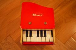 ヴィンテージ ベイビーグランドトイピアノ レッド